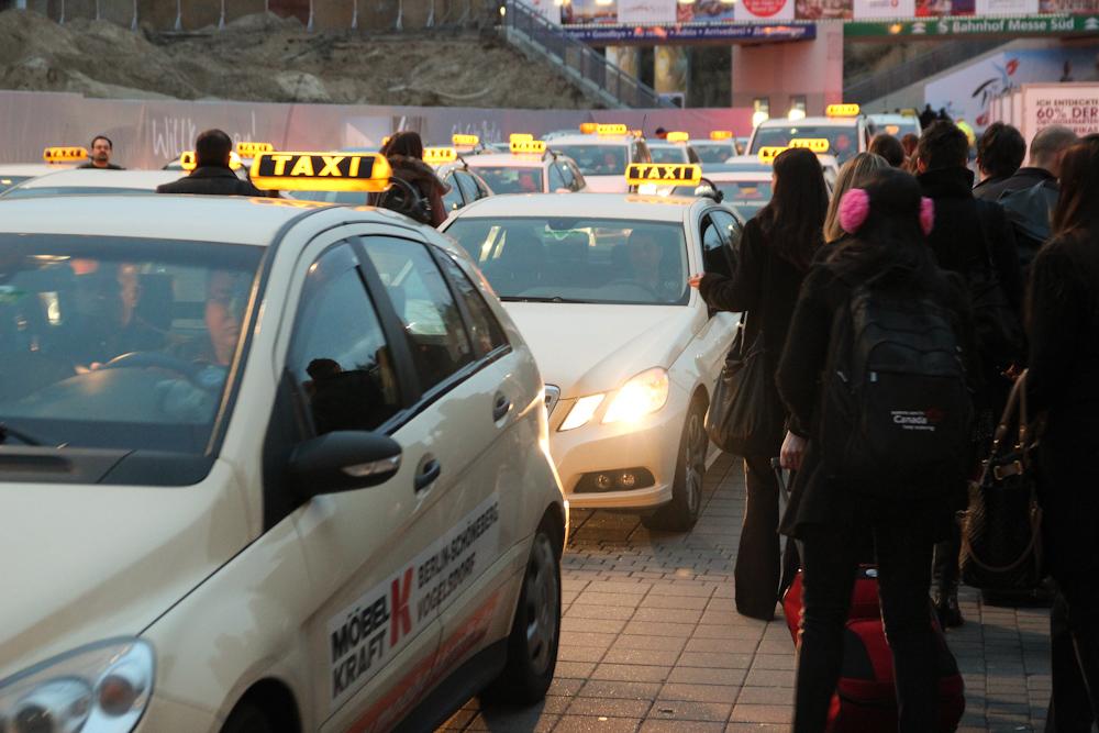 Żniwa dla taksówkarzy- Berlin 2012