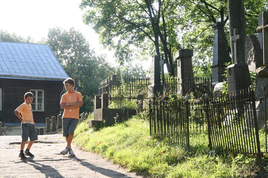 Cmentarz-na-Rossie-Wilno-2010 _wycieczka na Litwę